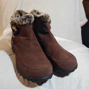 Floopi Brown All Weather Memory Foam Boots